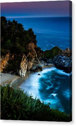 Dusk In The Cove Canvas Print by Dan Holmes