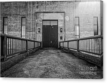 End Of The Line Canvas Print by Edward Fielding