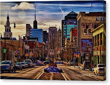 Ny Canvas Print featuring the photograph Entertainment by Chuck Alaimo