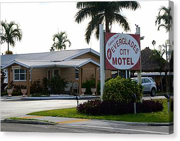 Everglades City Motel Sign Canvas Print by David Lee Thompson