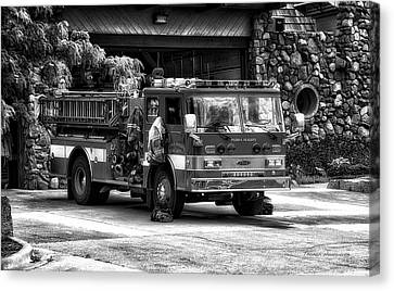 Fire Truck Peoria Heights Canvas Print by Thomas Woolworth