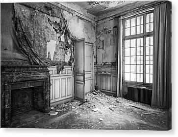 Fireplace In Decay -abandoned Building Canvas Print by Dirk Ercken