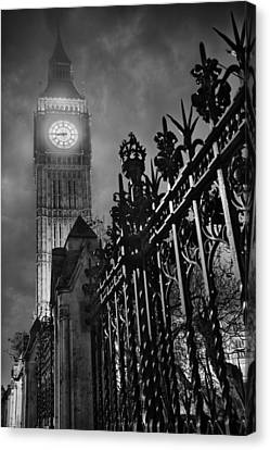 Foggy Big Ben Canvas Print by Thomas Zimmerman