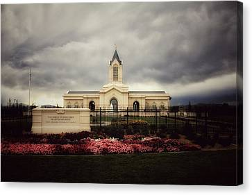 Fort Collins Lds Temple East Side Canvas Print by David Zinkand