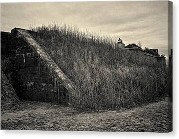 Fort Taber No. 1 Canvas Print by David Gordon