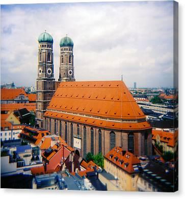 Frauenkirche Munich  Canvas Print by Kevin Smith