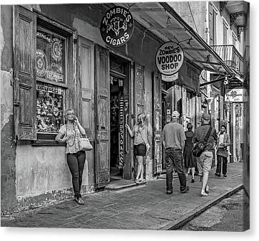 French Quarter - People Watching Bw Canvas Print by Steve Harrington