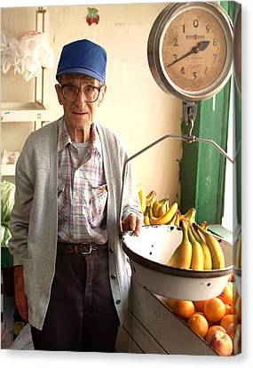 Fresh Bananas For Sale Canvas Print by Don Wolf