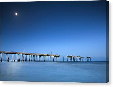 Frisco Pier Cape Hatteras Outer Banks Nc - Crossing Over Canvas Print by Dave Allen