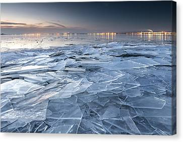 Frozen Town Canvas Print by Evgeni Dinev