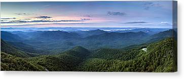 Frying Pan Mountain View Canvas Print by Rob Travis