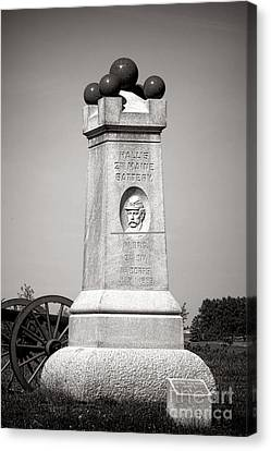 Gettysburg National Park 2nd Maine Battery Monument Canvas Print by Olivier Le Queinec