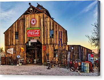 Ghost Town Barn Canvas Print by Susan Candelario