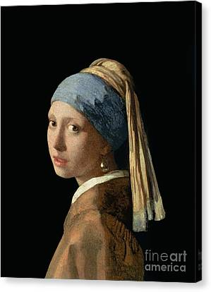 Girl With A Pearl Earring Canvas Print by Jan Vermeer