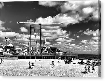 Going To The Beach Mono Canvas Print by John Rizzuto