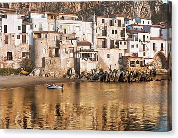 Golden Cityscape Canvas Print by Emanuele Carlisi