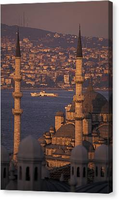 Golden Horn At Sunset From Suleymaniye Canvas Print by Richard Nowitz