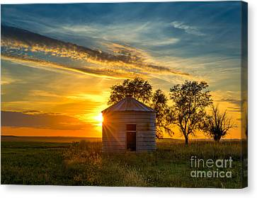 Grain Bin At Sunset Canvas Print by Kendra Perry-Koski
