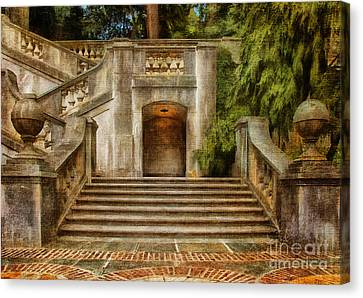 Grand Garden Staircase At Winterthur Canvas Print by Lois Bryan