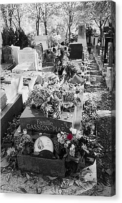 Grave Of Edith Piaf  Canvas Print by Hugh Smith
