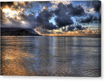 Hanalei Bay Hdr Canvas Print by Kelly Wade