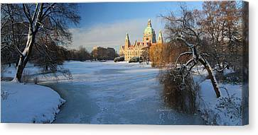 Hanover In Winter Canvas Print by Marc Huebner