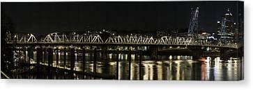 Hawthorne Bridge Portland Or Canvas Print by Les Clemens