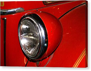 Headlamp On Antique Fire Engine Canvas Print by Douglas Barnett