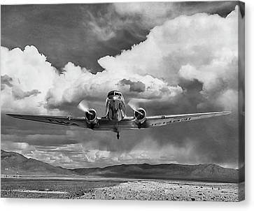 High Desert Dc-3 Canvas Print by Peter Chilelli