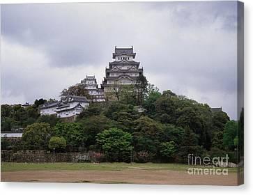Himeji Castle Canvas Print by Ei Katsumata