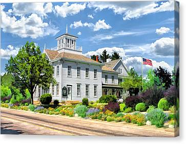 Historic Cupola House In Egg Harbor Door County Canvas Print by Christopher Arndt