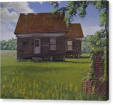 Historical Warrenton Farm House Canvas Print by Peter Muzyka