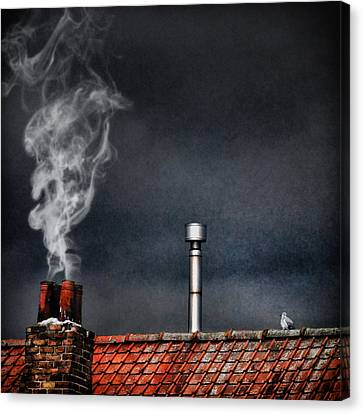 Home Sweet Home Canvas Print by Piet Flour