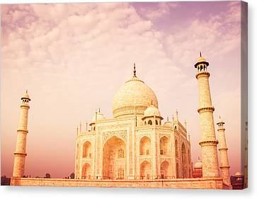 Hot Taj Mahal Canvas Print by Nila Newsom