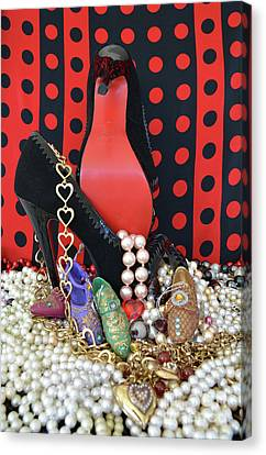 I Love My Shoes Canvas Print by To-Tam Gerwe