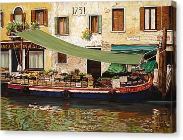 il mercato galleggiante a Venezia Canvas Print by Guido Borelli