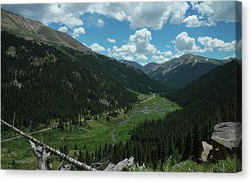Independence Pass In Summer Canvas Print by Daniel Lowe