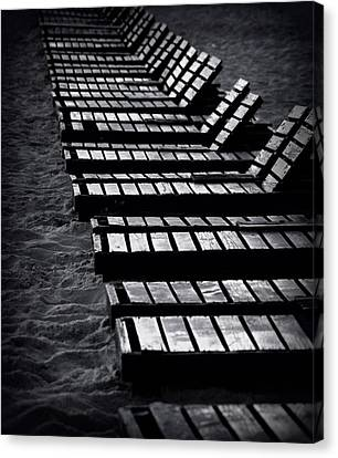 Invitation To Relax Canvas Print by Paul  Wilford