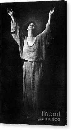 Isadora Duncan (1877-1927) Canvas Print by Granger
