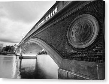John Weeks Bridge Charles River Harvard Square Cambridge Ma Black And White Canvas Print by Toby McGuire