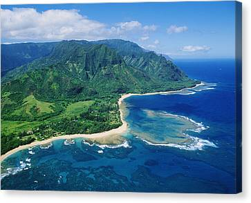 Kauai, Tunnels Beach Canvas Print by Greg Vaughn - Printscapes