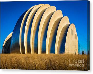 Kauffman Center For The Performing Arts Canvas Print by Inge Johnsson
