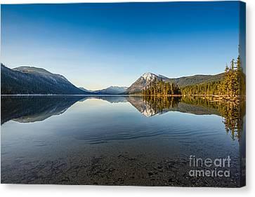 Lake Wenatchee In Washington State. Canvas Print by Jamie Pham