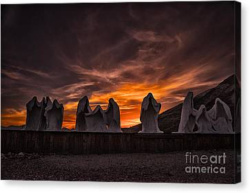 Last Supper At Sunset Canvas Print by Janis Knight