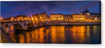 Le Pont Royal - Paris Canvas Print by Carlo Fazio