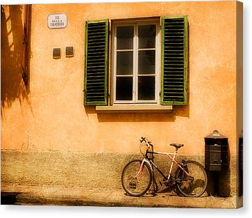 Left Flat In Lucca Canvas Print by Mick Burkey