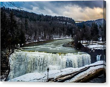 Letchworth State Park Canvas Print by Carlos Ruiz