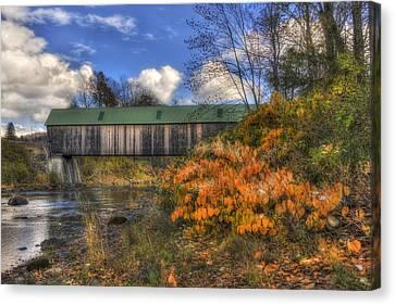 Lincoln Covered Bridge - Woodstock, Vt Canvas Print by Joann Vitali