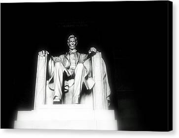 Lincoln Memorial  Canvas Print by Kristina Randal