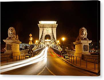 Lion Sculptures Of The Chain Bridge Canvas Print by George Oze